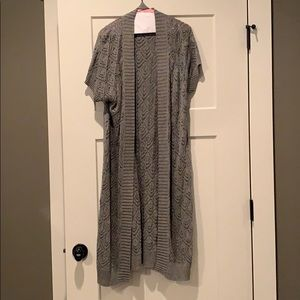 Long Gray cardigan with tie